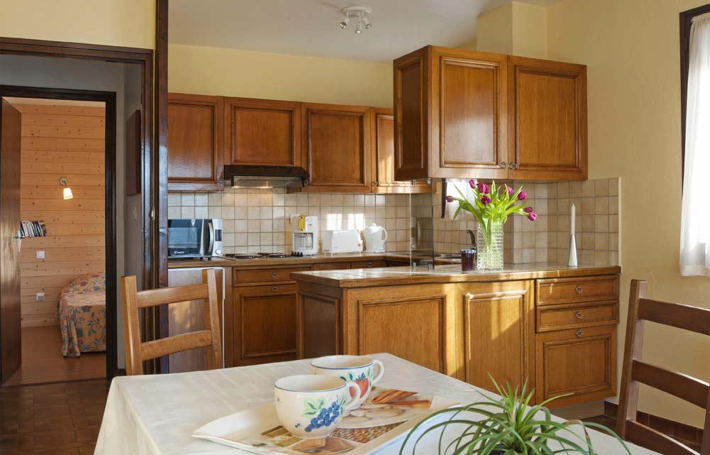 appartements meubl s annecy meubl s haute savoie. Black Bedroom Furniture Sets. Home Design Ideas